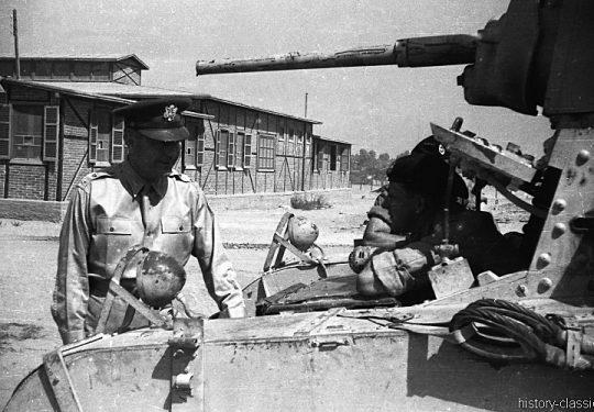 USA Uniformen - 1940`s - US ARMY Kampfpanzer M3 Stuart