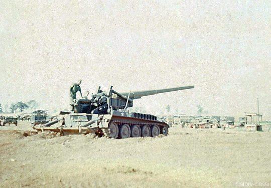 US ARMY / United States Army Selbstfahrgeschütz (Selbstfahrlafette) M107 175 mm / Self-Propelled Gun M107 6.9 Inch - Vietnam-Krieg / Vietnam War