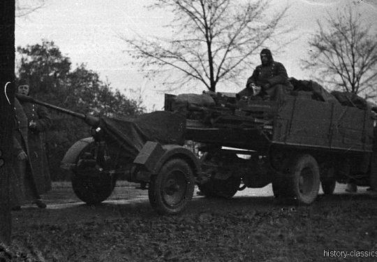 Wehrmacht Heer / Luftwaffe Flugabwehrkanone FLAK 30 2 cm / 20 mm (Rheinmetall) mit OPEL BLITZT