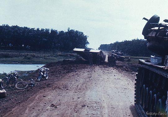 US ARMY Pioniere / Engineers -  Brückenlegepanzer / Tank Launcher Scissors Bridge M48 - Vietnam-Krieg / Vietnam War