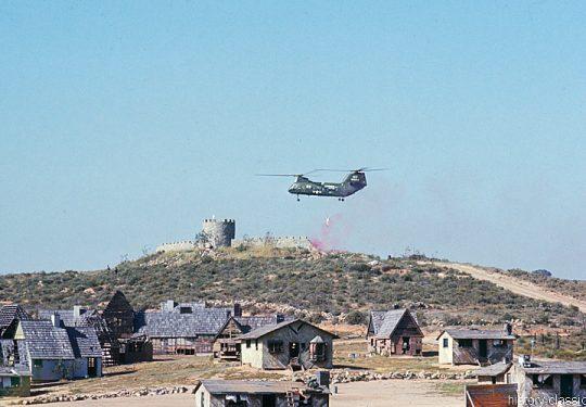USMC Unites States Marine Corps Boeing-Vertol CH-46D