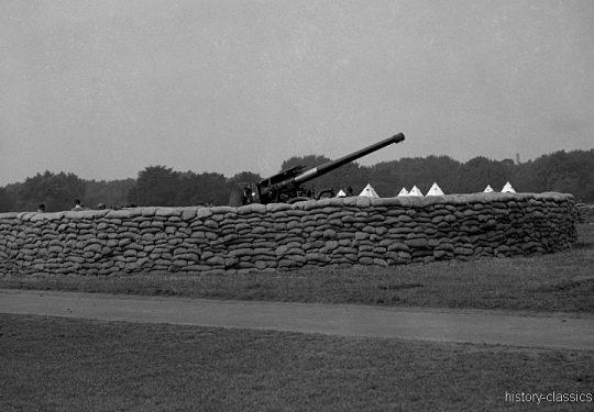 Flugabwehrkanone Großbritannien 2. Weltkrieg QF 3,7 inch 94 mm / Anti Aircraft Gun Great Britain