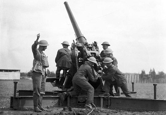 Flugabwehrkanone Großbritannien 2. Weltkrieg QF 3 inch 20 cwt 76 mm / Anti Aircraft Gun Great Britain