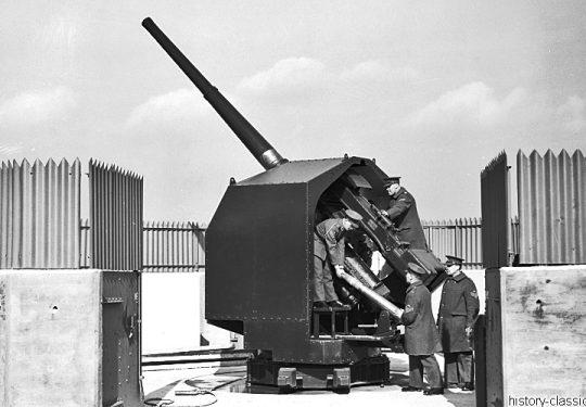 Flugabwehrkanone Großbritannien 2. Weltkrieg QF 4,5 inch 113 mm / Anti Aircraft Gun Great Britain