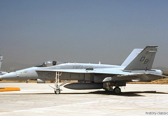 USMC United States Marine Corps McDonnell Douglas F-18C Hornet
