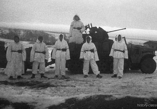 Wehrmacht Heer / Luftwaffe Flugabwehrkanone FLAK 38 2 cm / 20 mm auf Sd.Kfz 10/4 Zugkraftwagen 1t