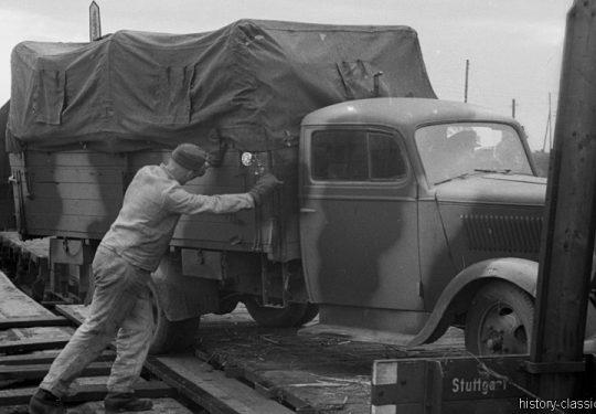 Deutsche Reichsbahn / Wehrmacht - Militärtransporte - Opel Blitz