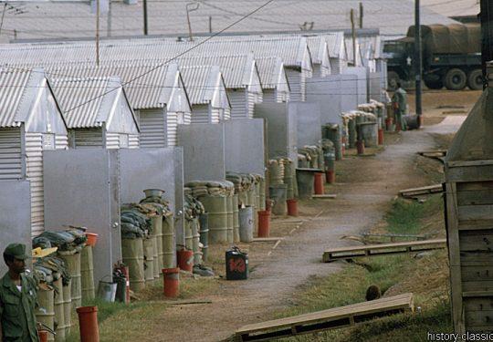 USA Vietnam-Krieg / Vietnam War - 935TH MED DET K O Vietnam - Camp