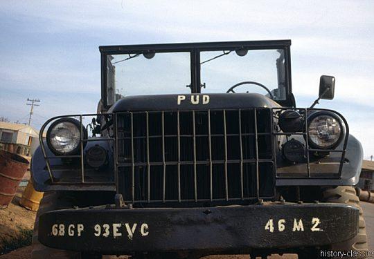 US ARMY / United States Army Geländewagen / Jeep Dodge 3/4-Ton Truck M37 / WC-51 - Vietnam-Krieg / Vietnam War - 935TH MED DET K O Vietnam