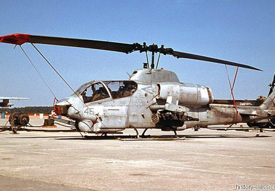 USMC United States Marine Corps Bell AH-1W Super Cobra