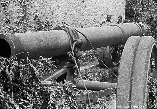 Wehrmacht Heer Schwere Feldkanone Canon de 220 L Schneider modèle 1917 220 mm - Beutegeschütz