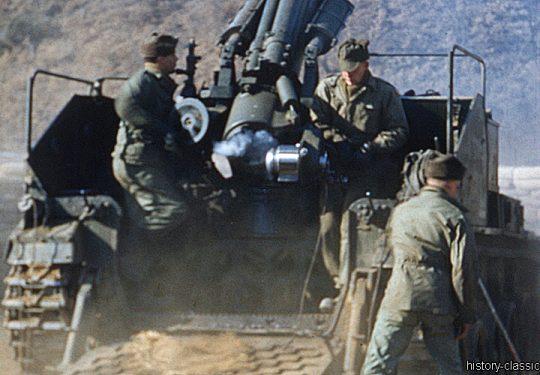 USA Korea-Krieg / Korean War -Selbstfahrgeschütz (Selbstfahrlafette) M41 155 mm / Howitzer Motor Carriage HMC M41 6.1 Inch