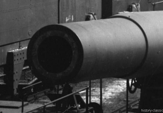 Französisches Heer / French Land Forces (Army) / Armée de terre - Eisenbahngeschütz / Railway Gun - Schneider M 1915 370 mm / 37 cm