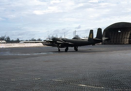 USA Vietnam-Krieg / Vietnam War - Da Nang Air Base - US ARMY / United States Army Grumman OV-1 Mohawk