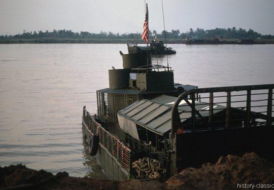 USA Vietnam-Krieg / Vietnam War - Bearcat Base - Landing Craft Landungsboote Gun Boat