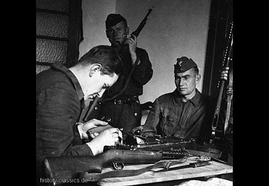 Wehrmacht Heer Maschinenpistole MP 18