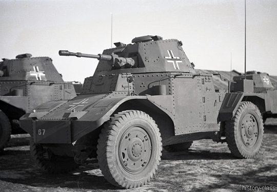 Wehrmacht Heer Panzerspähwagen P204 Beutefahrzeug (Frankreich) Automitrailleuse de Découverte Panhard modèle 1935 / 178