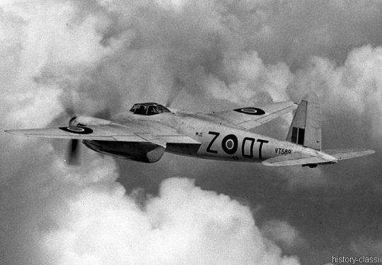 ROYAL AIR FORCE de Havilland DH.98 Mosquito T Mk III - VT589