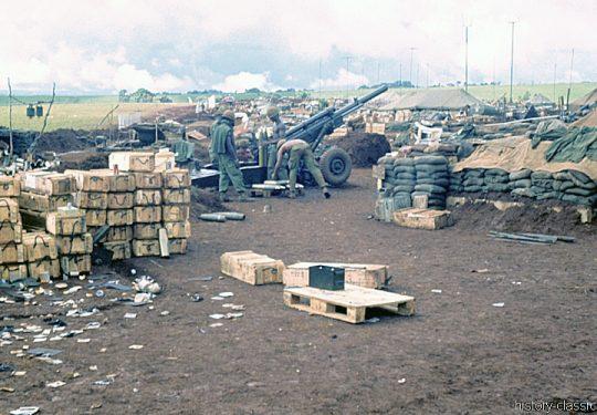 US ARMY / United States Army Leichte Feldhaubitze M102 105 mm / Leight Howitzer M102 - 4.1 Inch - Vietnam-Krieg / Vietnam War