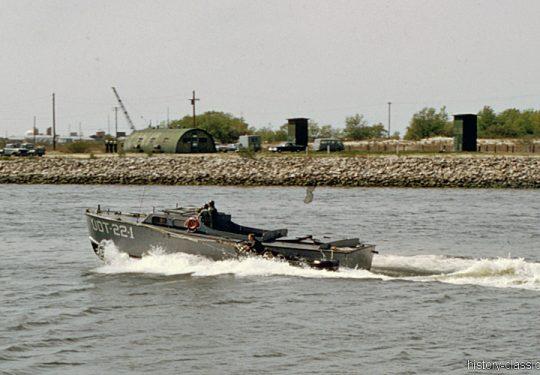 US NAVY / United States Navy - Underwater Demolition Teams (UDT) - UDT-22-1