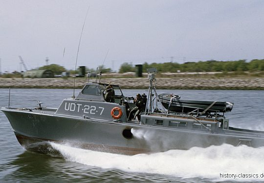 US NAVY / United States Navy - Underwater Demolition Teams (UDT) - UDT-22-7