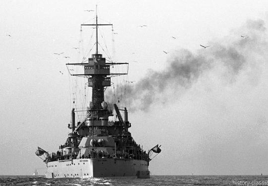 US NAVY / United States Navy Schlachtschiff Colorado-Klasse / Battleship Colorado-Class - USS West Virginia BB-48