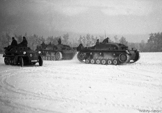 Wehrmacht Heer Halbkettenfahrzeug Schützenpanzerwagen Sd.Kfz. 251/1 & Sturmgeschütz III StuG III Ausf. B