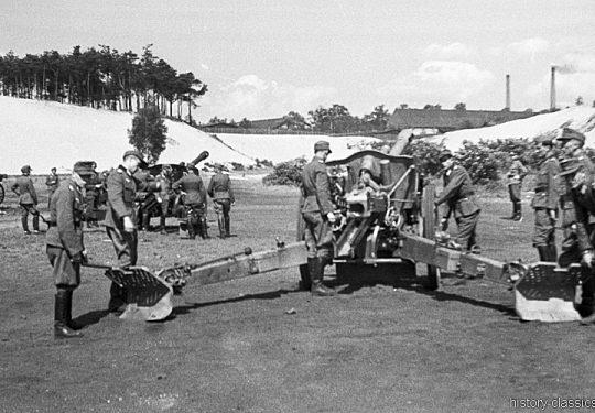 Wehrmacht Heer Ausbildung - Artillerie - Frankreich 1943 – Mit Leichter Feldhaubitze leFH 18 M 10,5 cm