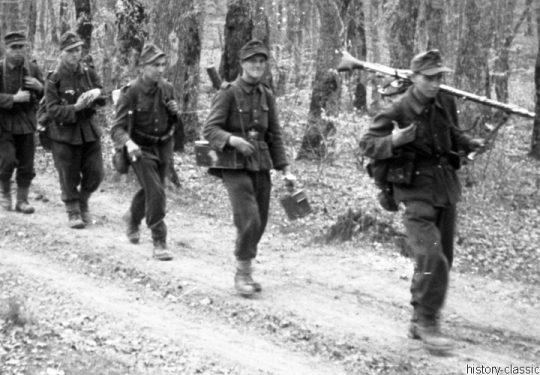 Wehrmacht Heer / Luftwaffe Maschinengewehr MG 34 - Kroatien 1944 Rückzug