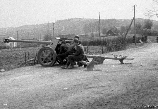 Wehrmacht Heer Panzerabwehrkanone PAK 40 75 mm / 7,5 cm - Kroatien - Rückzug 1944