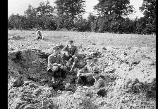 1. Weltkrieg Deutsches Heer - Stellungskriege - Ausbildung mit Feldhaubitze 98/09 10,5 cm
