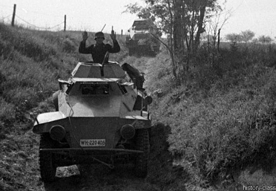 Wehrmacht Heer Schwerer Panzerspähwagen Sd.Kfz 231 & Sd.Kfz 221