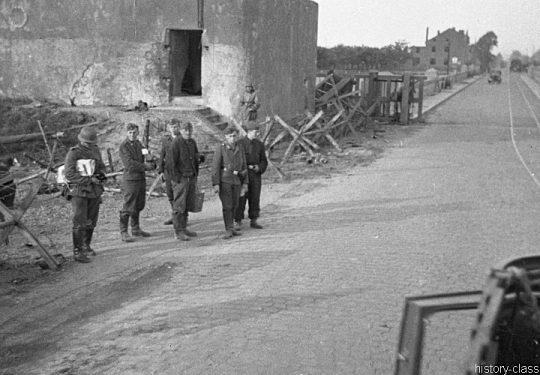 2. Weltkrieg Wehrmacht Europa – Einmarsch und Besetzung Frankreich - Der Blitzkrieg und die Folgen für die Bevölkerung