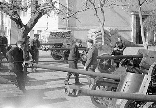 2. Weltkrieg Wehrmacht Heer Europa – Griechenland / Kreta PAK 38 5 cm und PAK 40 7,5 cm