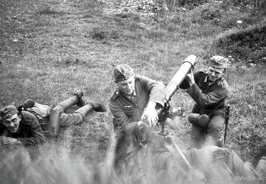 Wehrmacht Heer Granatwerfer GrW 34 8,14 cm / 81 mm - Ausbildung