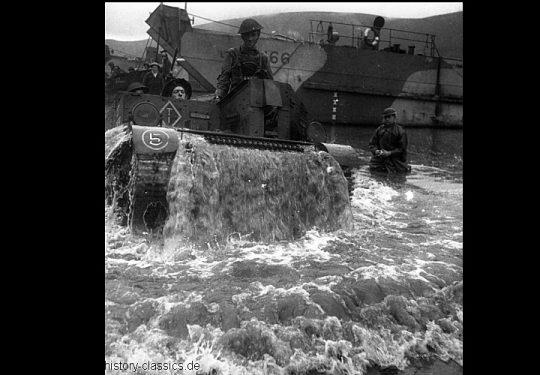 2. Weltkrieg Kanada Europa – Kanadische Armee / Canadian Army Armée Canadienne - Invasion Sizilien 10. Juli 1943 / Invasion Sicily 10th July 1943 Bren Gun Carrier