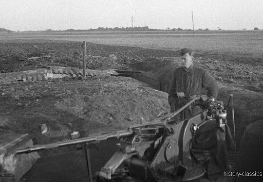 Wehrmacht Luftwaffe FLAK-Stellung - Flugabwehrkanone FLAK 30 2 cm / 20 mm