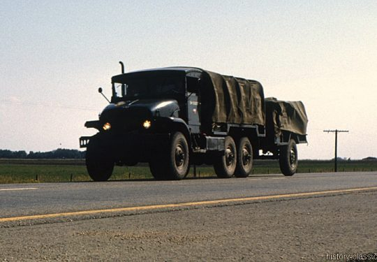 Kanadische Armee / Canadian Army Armée Canadienne - GMC 6x6 Truck M135