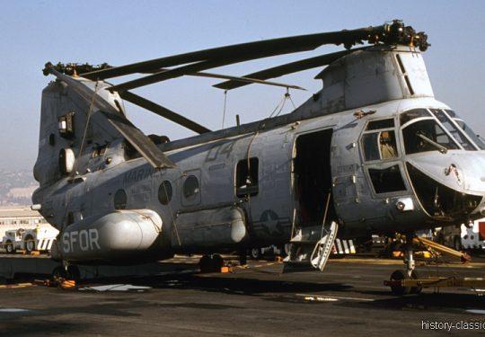 USMC Unites States Marine Corps Boeing-Vertol CH-46E Sea Knight