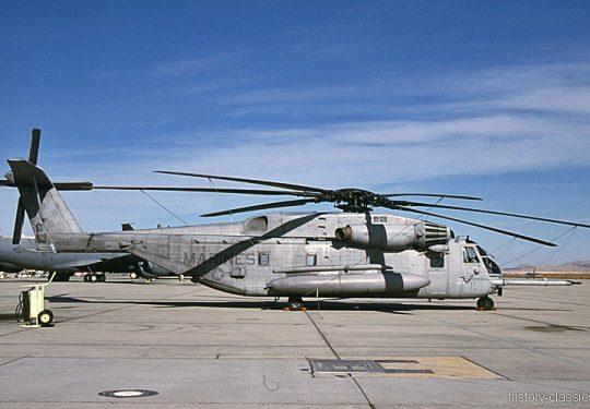 USMC United States Marine Corps Sikorsky CH-53E Super Stallion