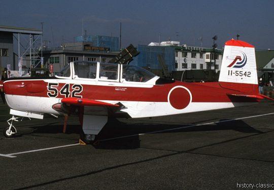Japanische Luftwaffe JASDF Fuji T-7