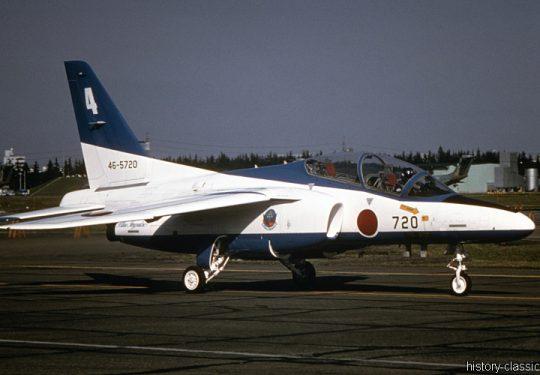 Japanische Luftwaffe JASDF Kawasaki T-4