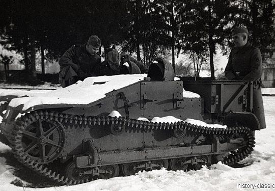 Wehrmacht Heer Transportpanzer und Artillerieschlepper Beutefahrzeug (Frankreich) Renault UE Chenillette