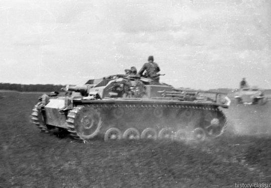 Wehrmacht Heer Sturmgeschütz III StuG III Ausf. C/D