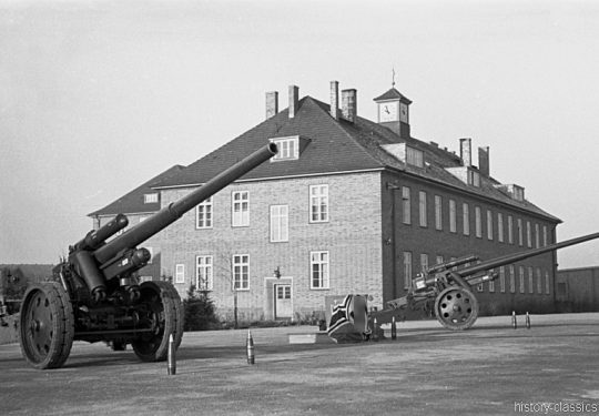 Wehrmacht Heer Schwere Kanone s.K 18 10 cm (10,5 cm) - Appell