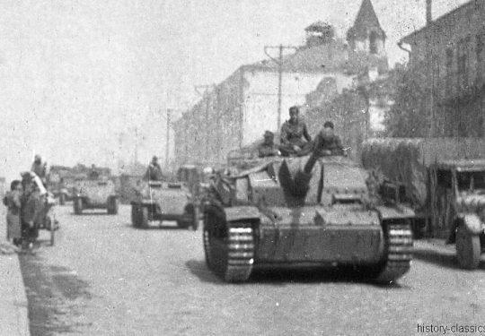 Wehrmacht Heer Halbkettenfahrzeug Schützenpanzerwagen Sd.Kfz. 251/1 & Sturmgeschütz III StuG III Ausf. G