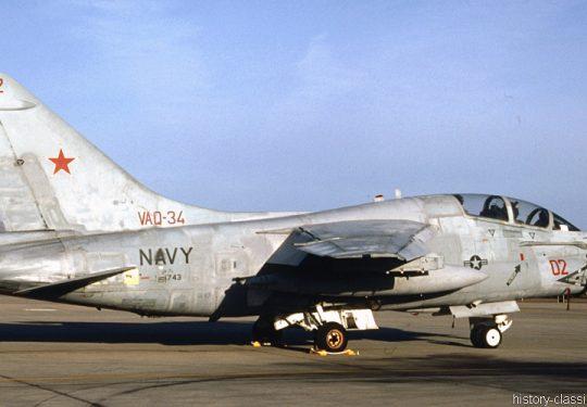 US NAVY / United States Navy Ling-Temco-Vought LTV EA-7L Corsair II - 156743