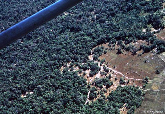 USA Vietnam-Krieg / Vietnam War - Luftangriff / Air Strike