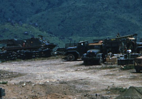 USMC United States Marine Corps Truck M35A1 - USA Vietnam-Krieg / Vietnam War  - Hill 65