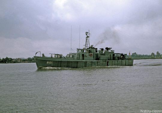 Vietnam-Krieg / Vietnam War - Süd Vietnam Marine / Republic of Vietnam Navy / Patrol Gunboat Medium RVNS Tiền Mới HQ-601 / PGM-65